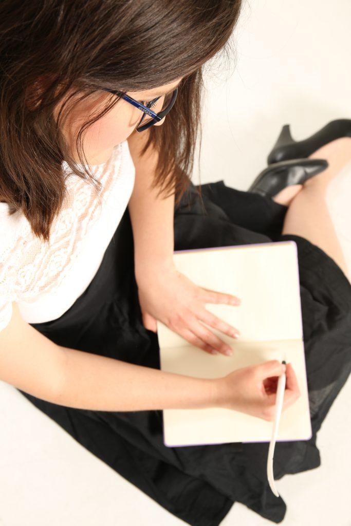 Escuela de escritoras, Mentora de escritoras, Laura Berzins, Cuentos de la Nena